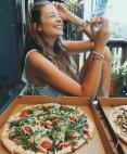 იტალიელი ქალები ამბობენ, რა საჭიროა მამაკაცი და სიყვარული, როცა პიცა არსებობსო