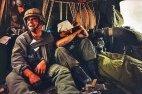 აცრემლებული ჯარისკაცი მეგობართან ერთად!