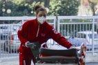 საავადმყოფოს თანამშრომელი იტალიიდან, რომელიც მოსალოდნელი სირთულეებისთვის ემზადება