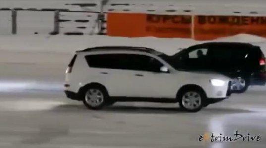მანქანების ცეკვა ყინულზე