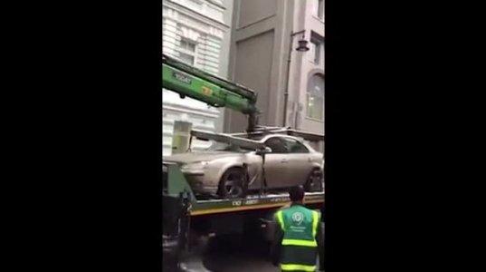 საწყალ მანქანას რა უქნეს ნახეთ!!!!!!!!!!!