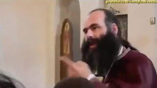 როცა ერი მშიერია, 100 ათასიანი ჯიპით არუნდა იარო - მამა ილია ჩიკვაიძე