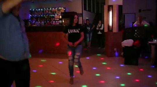 ქართველი გოგოს ულამაზესმა ცეკვამ ინტერნეტ სივრცეში დიდი პოპულარობა მოიპოვა