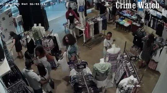 აი როგორ ძარცვავენ თაღლითები პატიოსან ხალხს მაღაზიებში.