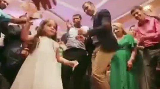 ქორწილში სომეხი გოგონას უმაგრესმა ცეკვამ ნამდვილი ფურორი მოახდინა