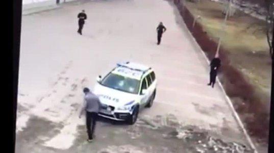 ოთხი პოლიციელი 1 კაცს ვერ იჭერს