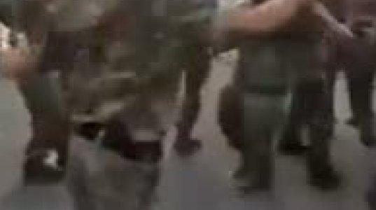 """ამერიკელ ჯარისკაცს ქართველმა სამხედროებმა """"შალახო"""" აცეკვეს"""