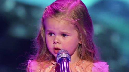 3 წლის მომღერალი...
