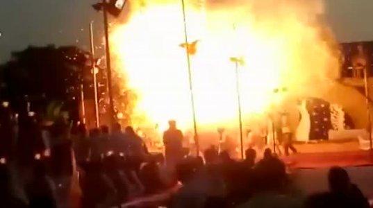 ინდოეთში ზეიმზე ასეულობით საჰაერო ბურთი ერთდროულად აფეთქდა