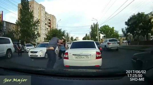 ავტოავარიები და საავარიო სიტუაციები - ვიდეო კრებული