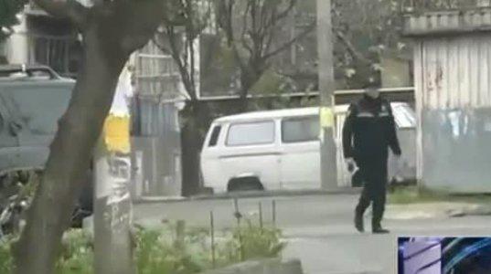 სპეცოპერაცია გაბრიელ სალოსის ქუჩაზე სროლის და აფეთქებების ხმა ისმის