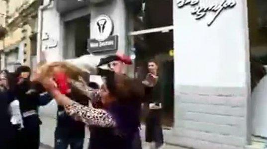 შოკი!ციგანმა კაცს ბავშვი ჩაარტყა თავში!