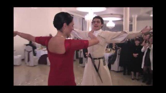 გიორგი მახარაძის  და თეო ჩივაძის ცეკვა ქართული