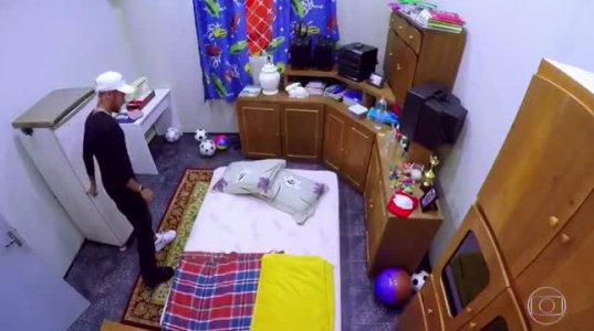 ნეიმარის რეაქცია როდესაც თავისი ბავშვობის ოთახის ზუსტი ასლი ნახა