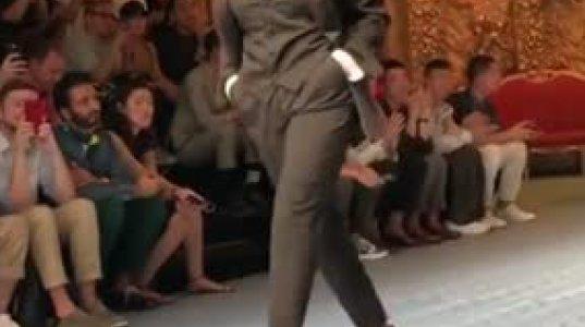53 წლის მონიკა ბელუჩი Dolce & Gabbana-ს ჩვენებაზე