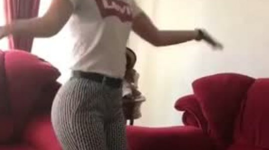 """ირანელი ტანმოვარჯიშე გოგონას ,,სკანდალური"""" ცეკვა, რის გამოც ის დააპატიმრეს"""