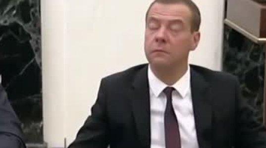 ზესახალისო ვიდეო რუსეთის ხელისუფლებაზე, ფანტასტიური გახმოვანებით. უყურეთ და ისიამოვნეთ