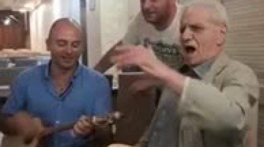 დაბადების დღეს ვულოცავ სასიქადულო ქართველ მსახიობს ბატონ თენგიზ არჩვაძეს