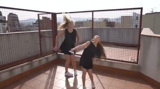დედაშვილის ახალი ვიდეო რგოლი რომელსაც იუთუბზე რამდენიმე მილიონი ნახვა აქვს