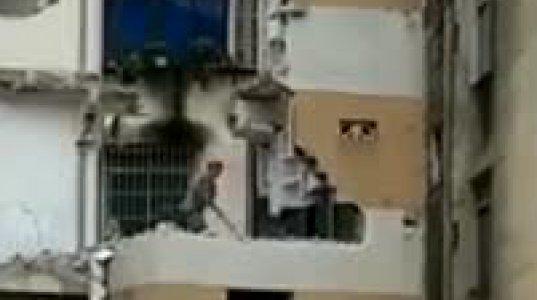 მუშა უროთი კედლის დამტვრევის დროს კინაღამ საიქიოში გაემგზავრა(ჩინეთი)
