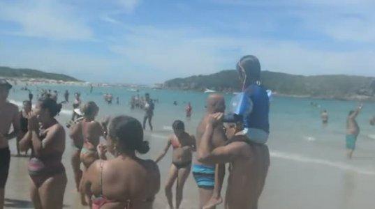 როგორ ეძებენ  ბრაზილიაში პლაჟზე დაკარგულ ბავშვის მშობელს