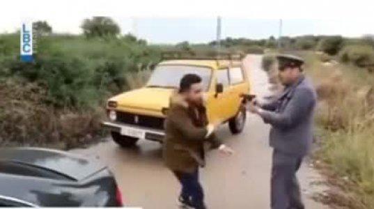 პოლიციელმა გააჩერა მანქანა, რომლის საბარგულიდან ხმა ისმოდა. შემდეგ რა მოხდება ნახეთ