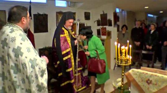 სალომე ზურაბიშვილი პარიზის წმინდა ნინოს სახელობის ეკლესიაში წირვას დაესწრო