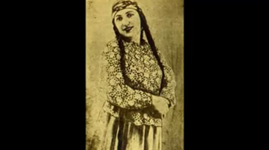 """1925 წლის 23 მაისს საქართველოს რადიომ პირველი გადაცემა სიმღერა """"ურმულით"""" დაიწყო, რომელსაც მარო თარხნიშვილი ასრულებდა"""
