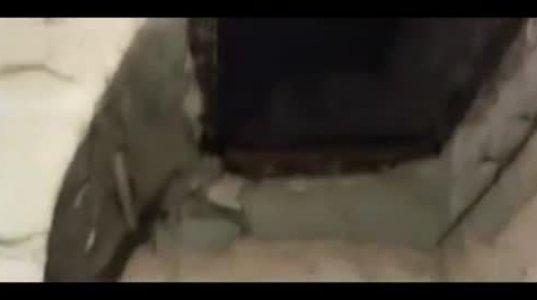რუსეთის ქალაქ პერმში ორსართულიანი სახლის გადმოთოვლისას სახურავი ჩაინგრა და მუშა აბაზანაში ჩავარდა