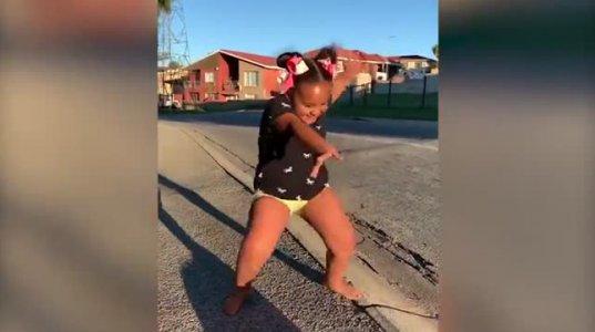 ამ გოგონას ცეკვამ ინსტაგრამი ააფეთქა