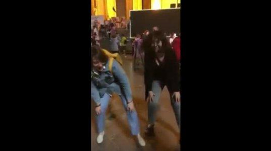 ელენე ხოშტარიამ აქციაზე იცეკვა