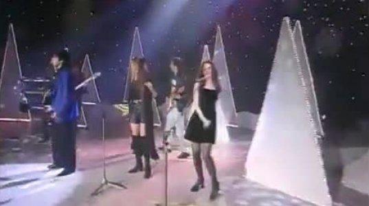 კაი მეტოვი-გამიხსენე მე, სასიამოვნო სიმღერა მუსიკოსი გოგოების თანხლებით