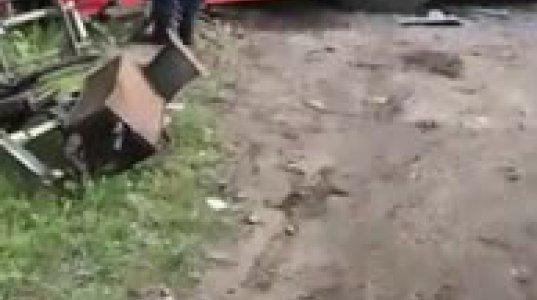 ავტობუსი კედელს შეასკდა, დაიღუპა 1 და დაშავდა 30-ზე მეტი მგზავრი - თვითმხილველის მიერ გადაღებული კადრები
