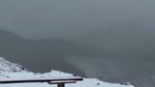 ამინდი საერთოდ აირია - ყაზბეგში უკვე თოვლი მოვიდა