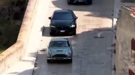 """""""ჯეიმს ბონდის"""" ახალი ეპიზოდის გადაღების მომენტები ახალი მანქანით"""