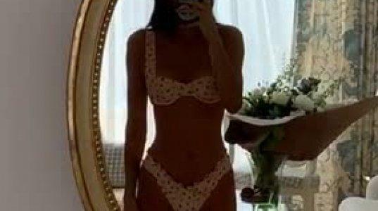 შეაფასეთ კენდალ ჯენერის ულამაზესი სხეული