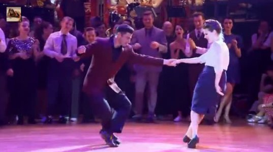 ამ ცეკვას შემიძლია დაუსრულებლად ვუყურო