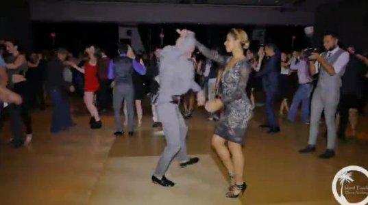 Ataca & Alemana Hotline Bling Bachata Dance