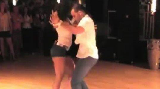 სექსუალური ცეკვა