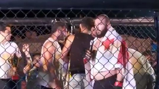 """ქართველმა მებრძოლმა დავით მოძმანაშვილმა """"MMA""""-ში ირანელი მოწინააღმდეგე """"მიძუყნა"""""""