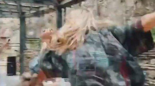 სვეტლანა ლობოდამ თბილისის ქუჩებში ლეზგინკა იცეკვა