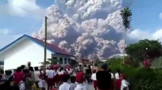 ინდონეზიაში  აფეთქებული  ვულკანი სინაბუნგი