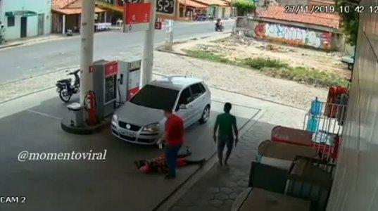 ბენზიგასამართ სადგურზე უბრალო მომხმარებელმა ყაჩაღები დახოცა და გზა არხეინად გააგრძელა