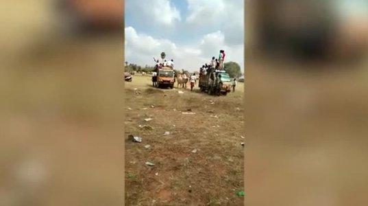 ინდოეთში  ფერმერთა ფესტივალზე ხარმა კინაღამ დედა-შვილი გადათელა