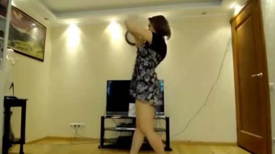 ამ ულამაზესი გოგოს ცეკვამ მთელი ინტერნეტ სივრცე დაიპყრო, ძაან მაგრად ცეკვავს