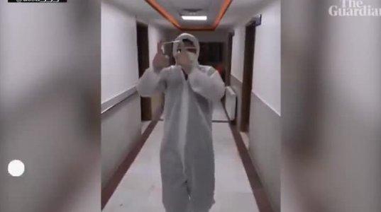 როგორ ართობენ ირანელი  ექიმები და ექთნები კორონავირუსით დაავადებულ პაციენტებს