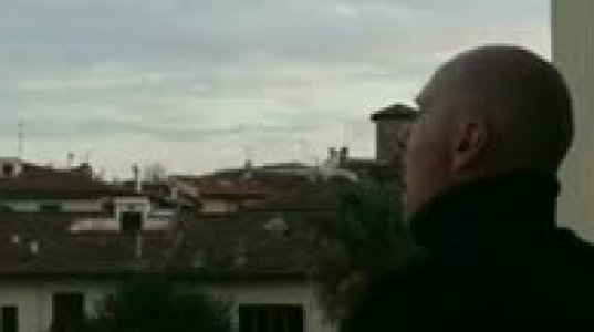 ოპერის მომღერალი კარანტინში. იტალია