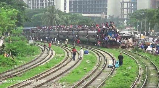 როცა კონდუქტორი არ არსებობს -  ამას მხოლოდ ინდოეთში ნახავთ