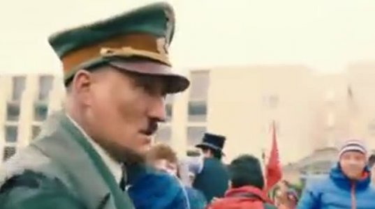 ჰიტლერი გამოჩნდა ბერლინის ქუჩებში