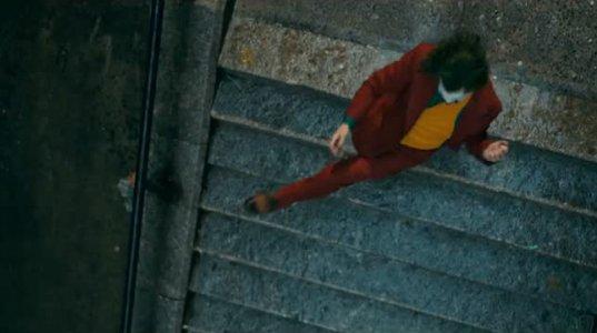 Joker Stairs Dance